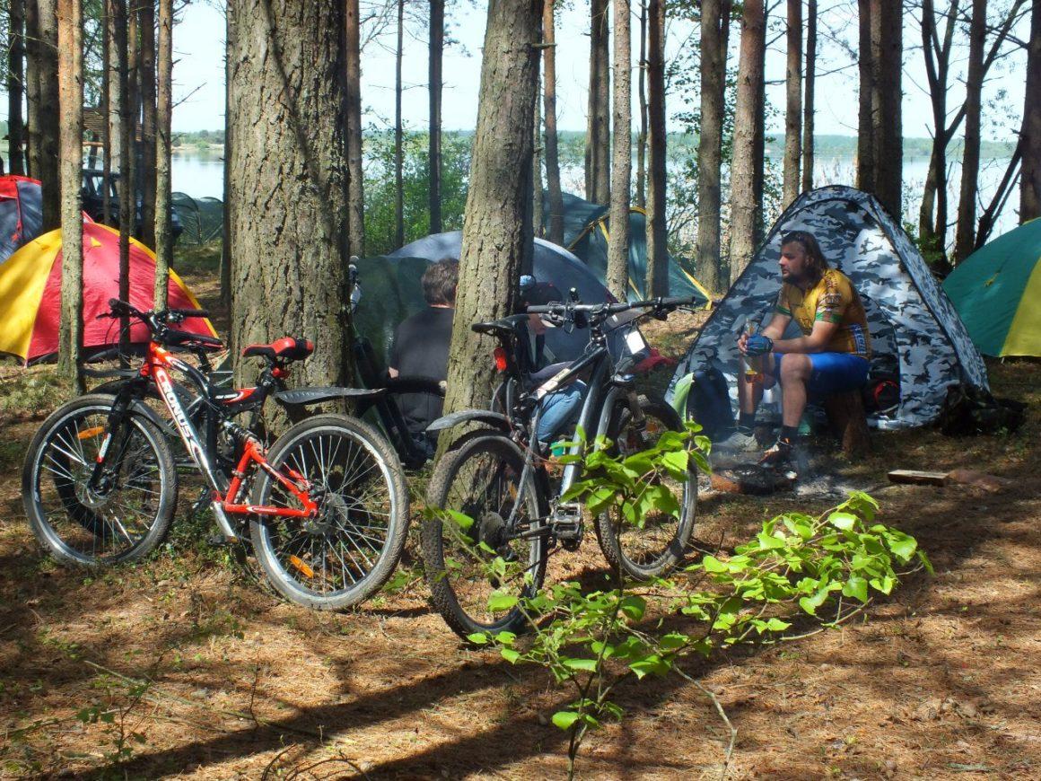 Проживание в палатках